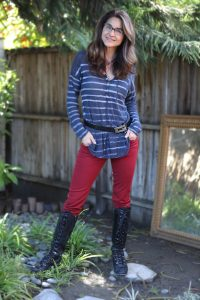 Boots_Belts_red_pant_striped_blue_top_web